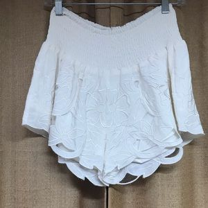 Beautiful white lace detail shorts